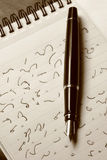 Stenografia e penna di fontana Immagini Stock Libere da Diritti