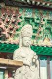 Stenstaty av Gwanseeum-bosal på den Sanbangsa templet Också bekant Arkivfoton