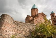 Stenväggar av den sakrala ortodoxa kyrkan av ärkeänglarna Byggt i det 16th århundradet, Gremi stad, Georgia Royaltyfria Bilder