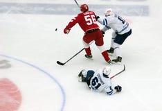 A Stepanov (61) faller ner Fotografering för Bildbyråer
