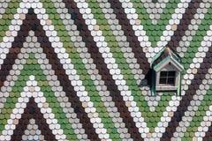 Stephansdom deckte Dach mit Muster in Wien mit Ziegeln Stockbilder
