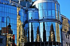 Stephansdom odbicie na Haas-Haus w Wien Obraz Royalty Free