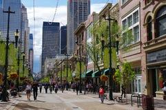 Stephen Avenue in Calgary van de binnenstad, Alberta, kan Royalty-vrije Stock Afbeelding