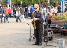 Stephen dreyfuss, die Saxophon spielen Lizenzfreies Stockbild