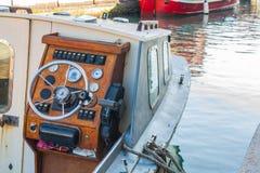 Ster łódź, rocznik nawigaci drewniany panel z sterowniczym wh Obrazy Royalty Free