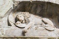 Sterbendes Löwemonument in der Luzerne Stockfotos
