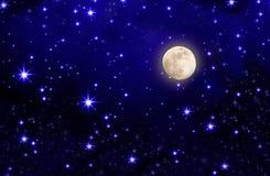 Sterhemel en volle maan. Stock Foto