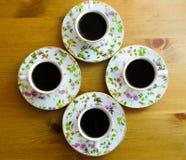 Sterke aromatische koffie voor vier mensen royalty-vrije stock foto
