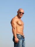 Sterke mens met naakt torso Stock Afbeelding