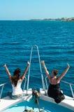 stern dwa kobiet jacht zdjęcie royalty free