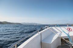 Stern statek, arkany i kępki, obraz royalty free
