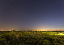 Sterne auf dem Himmel nachts Stockfoto