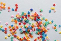 Sterne in den verschiedenen Farben Lizenzfreie Stockfotografie