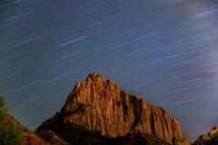 Sterne und Rock lizenzfreie stockfotografie