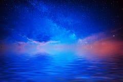 Sterne und Wasser Lizenzfreies Stockfoto