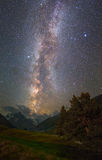 Sternenklare Nachtlandschaft Stockfoto
