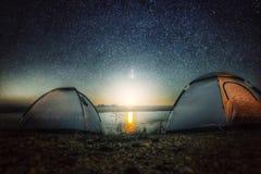 Sternnachtseereise-Lichtzelt lizenzfreie stockfotografie