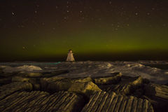 Sternspuren mit Aurora Borealis Stockbilder