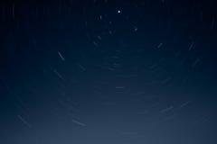 Sternspuren nachts Lizenzfreies Stockfoto