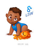 Sternzeichen-Löwe Horoskop-Zeichen-Löwe Afrikaner Americam-Kind genießt, seinen Leo Toy zu spielen Stockfotografie