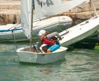 Sterować sporta jacht w Pomorie zdjęcie stock