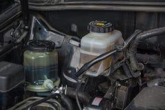 Sterowniczy fluid i hamulcowego fluidu rezerwuary zdjęcia stock