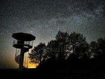 Sterren van de nachthemel en melkachtige manier die, Perseus-constellatie de waarnemen royalty-vrije stock afbeeldingen