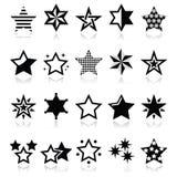 Sterren zwarte die pictogrammen met bezinning op wit wordt geïsoleerd Royalty-vrije Stock Afbeeldingen