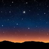 Sterrige hemel bij nacht Stock Afbeeldingen