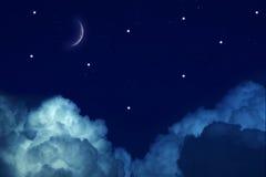 Sterrige nacht met maan en sterren Stock Afbeelding