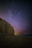 Sterrige nacht over het westenbaai, Dorset Royalty-vrije Stock Foto