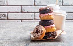 Sterta asortowani donuts obrazy royalty free