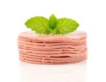 Sterta baloney kiełbasa - jedzenie na białym tle obraz stock