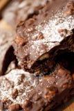 Sterta czekolada zakrywał Marshmallow Skaliste drogi na kawiarni s Obrazy Royalty Free