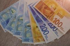 Sterta Izraeliccy pieniędzy rachunki 200 sykl - odgórny widok obrazy stock