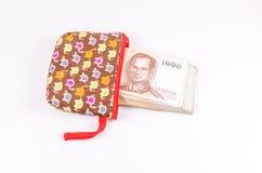 Sterta tajlandzki banknot od sukiennej torby zdjęcia royalty free