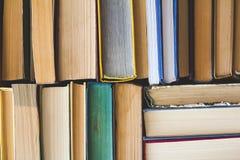 Sterta Używać Stare książki, odgórny widok Obraz Stock