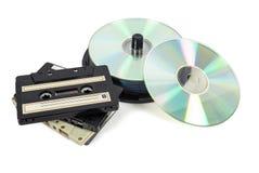 Sterty cd na cewie i taśmach dźwiękowa Fotografia Stock