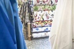 Sterty kolorowe tkaniny Fotografia Stock