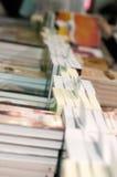 Sterty książki przygotowywać sprzedawać Zdjęcia Stock