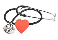 Stetaskop und Herz Stockfoto