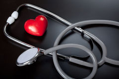 Stethoscoop & rood hart Stock Foto