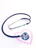Stethoscoop en hart Royalty-vrije Stock Foto