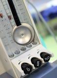 Stethoscoop op achtergrondgasmixer Stock Afbeeldingen