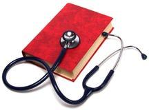 Stethoscoop op rood boek Royalty-vrije Stock Afbeelding