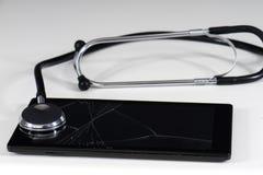 Stetoscopio e compressa Fotografie Stock