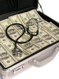 Stetoscopio su contanti Fotografie Stock