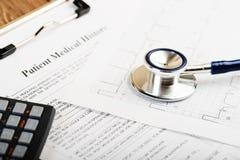 Stetoscopio sul cardiogramma Fotografia Stock Libera da Diritti