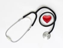 Stetoskop & hjärta Fotografering för Bildbyråer