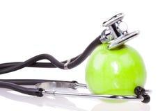 Stetoskop i jabłko Zdjęcia Royalty Free